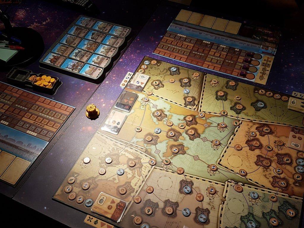 I termoformati a corredo permettono di avere tutto in ordine e di setuppare il gioco rapidamente.