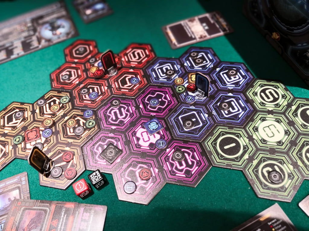 Renegade - VPG-Victory-Point-Games - Balenaludens