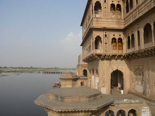 Experiences of a Tourist in Vrindavan – 11 Apr 12