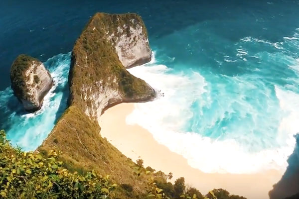 nusa-penida-klingking-beach