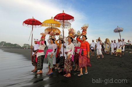 традиции нового года на бали