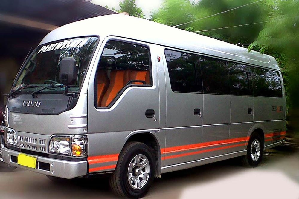 Bali Car Charter With Driver - Isuzu Elf - Gallery 02260217