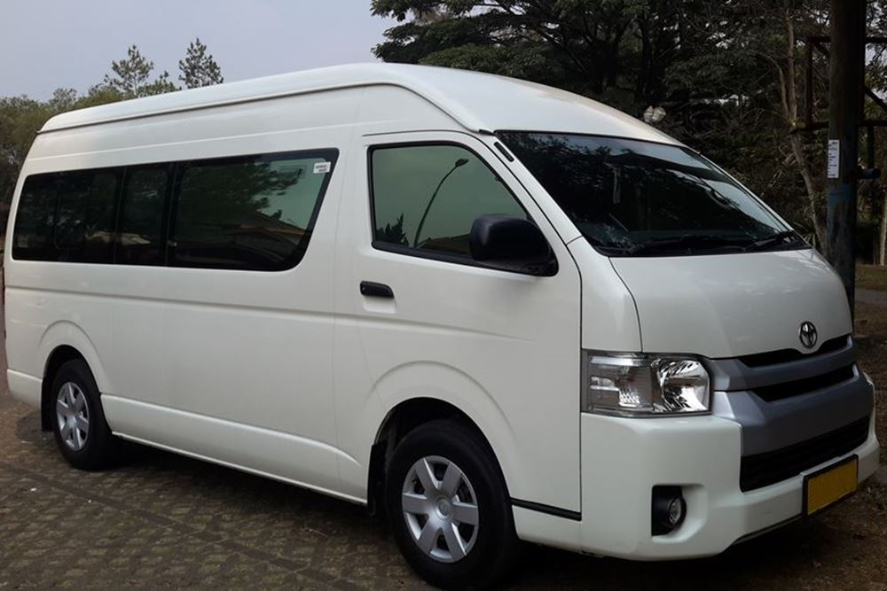 Bali Car Charter With Driver -Toyota Hiace - Gallery 01260217