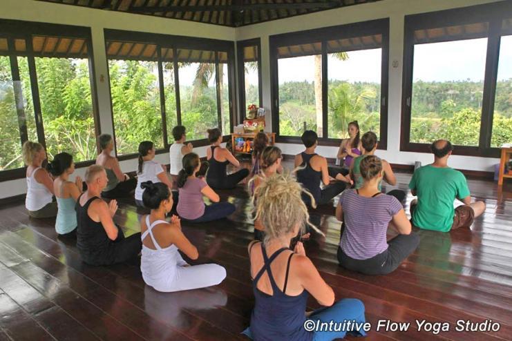 IntuitiveFlow_yoga_ubud
