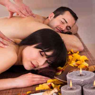 This spa course package features Spice Massage for Females & Males, Tropical Nut Scrub, Spice Body Wrap, Face & Head Massage and Foot Bath using ingredients from Indonesia's famous spice islands.
