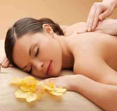 VTCT Swedish Massage course at the Bali International Spa Academy develops massage skills and understanding of health, client care and anatomy at Asia's top massage training VTCT centre.