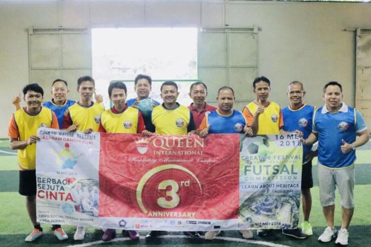 Dukung HUT ke-3 Queen International, Dewa Susila Buka Kick Off Turnamen Futsal