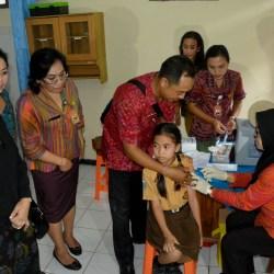 Vaksinasi Kanker Serviks Massal Libatkan 6.762 Siswi SD