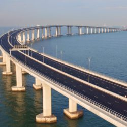 Wow! Jembatan Spektakuler Hong Kong-Zhuhai-Makau Resmi Dibuka