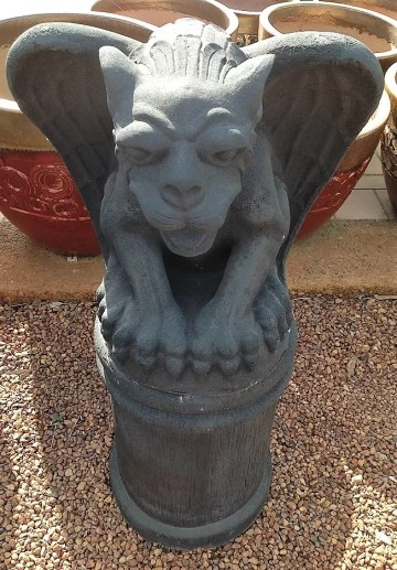 Dragon Gargoyle Black on Stand FIA028IH