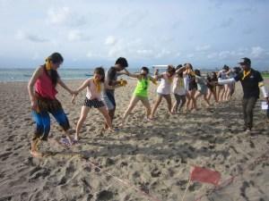 Bali Beach Team Building, Team Building, Hulahoop Transfer Games, Beach, Fun Game, Education Games, Group Event, Bali