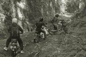 Ancient Bali Tour with Motor Cetul 01