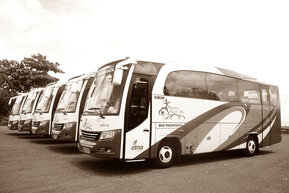 Bus Rent at Bali Kuno 02