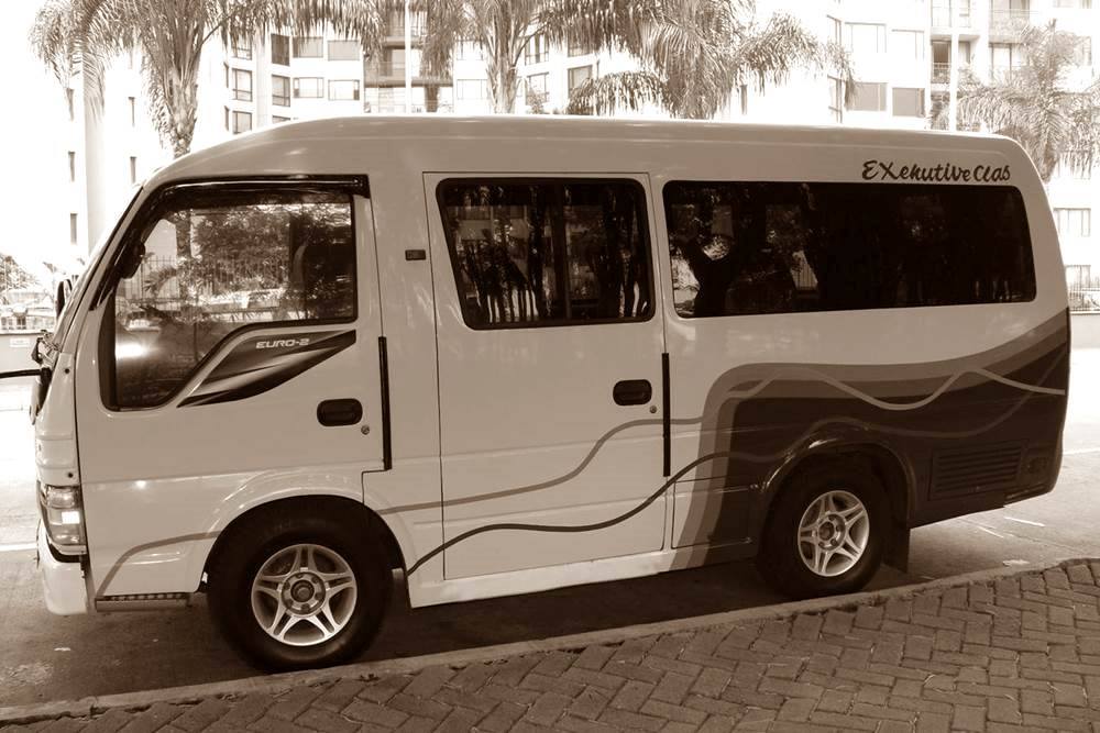 Mini Bus Car Rent at Bali Kuno 05