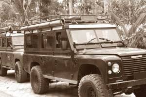 Rent Land Rover in Bali Kuno 02