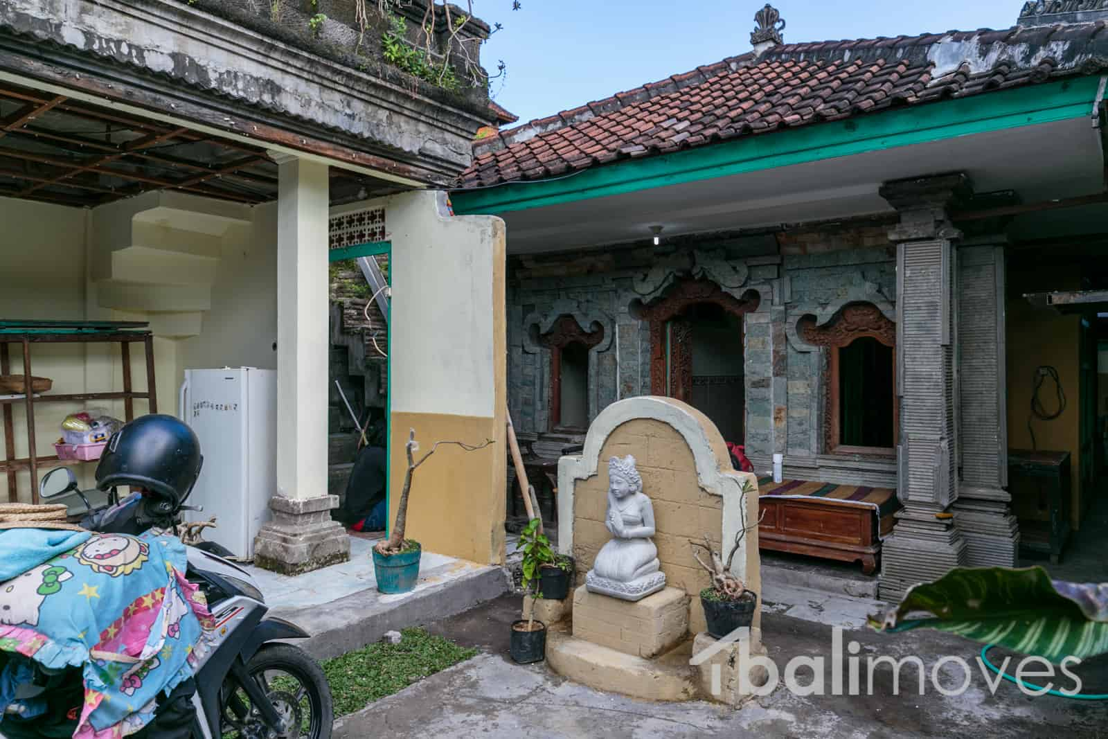 A Local Three Bedroom House For Rent Balimoves Property