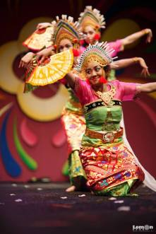 dwibhumi balinese dance tong tong fair holland