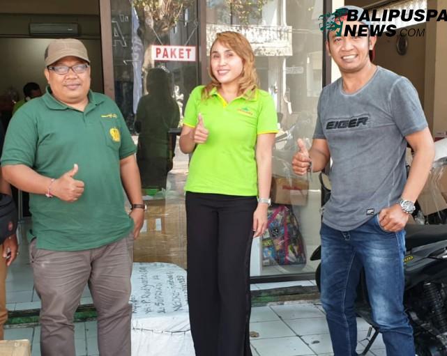 Owner Gunung Harta Eny Winati (tengah) bersama panitia Makedas-kedas.