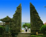 beratan temple, entrance, gateway, ulun danu, bali, bedugul, beratan, temples, ulun danu temple, bedugul bali, places, places of interest, lakes, temple on lake, bali temple on lake
