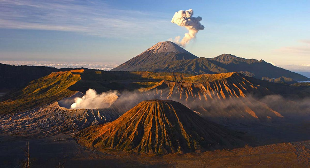 java tour packages, bromo, east java, java, island, mount, tours, sightseeing bromo tours, east java tours