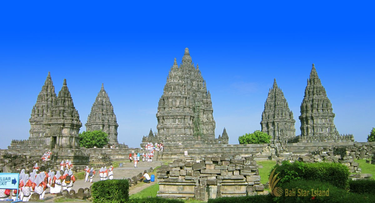 Prambanan Temple | Biggest Hindu Temple – Central Java