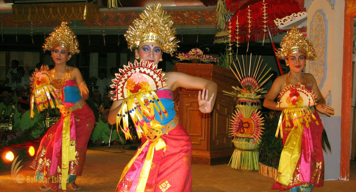 Balinese Dance Tours – Best Bali Tours Watching Balinese Traditional Performance