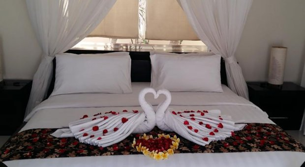 Honeymoon Decoration – The Bidadari Villas and Spa
