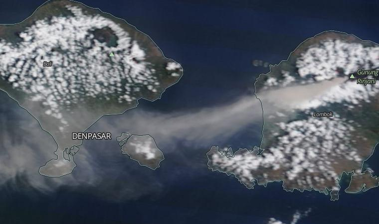 Rinjani ash cloud