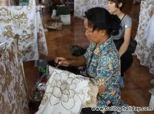 kerajinan-batik-di-bali