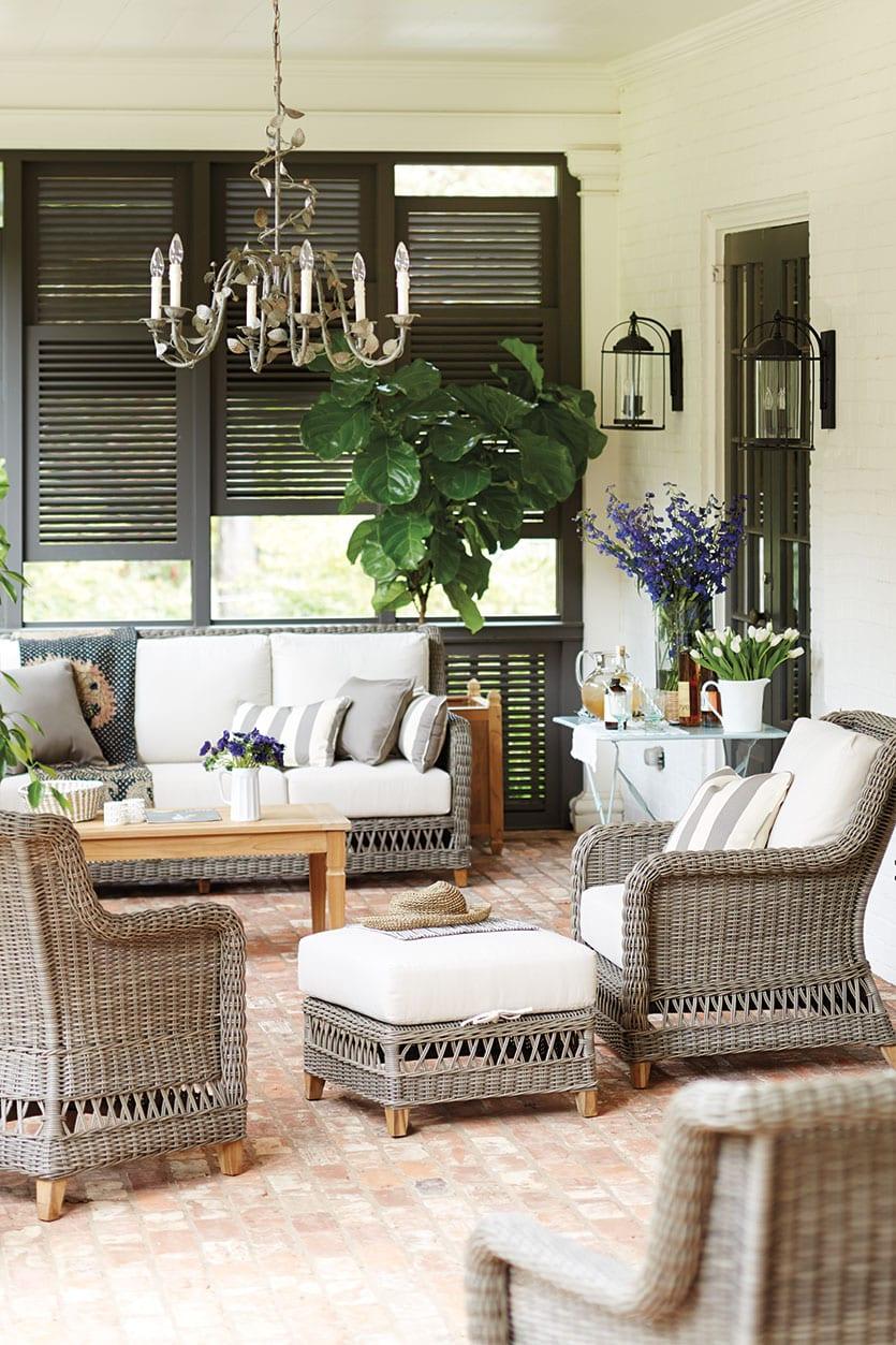 15 ways to arrange your porch furniture