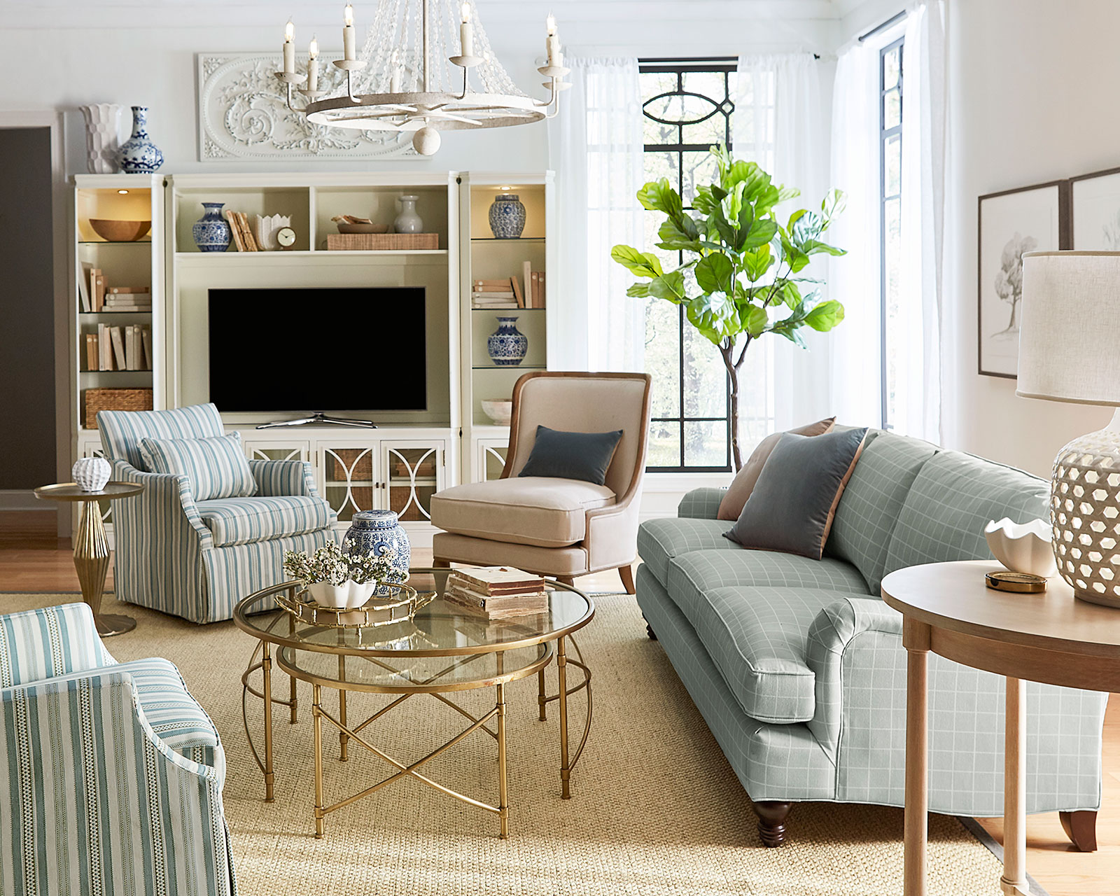 Small Living Room Ideas for More Seating and Style on Small Living Room Ideas 2019  id=94669