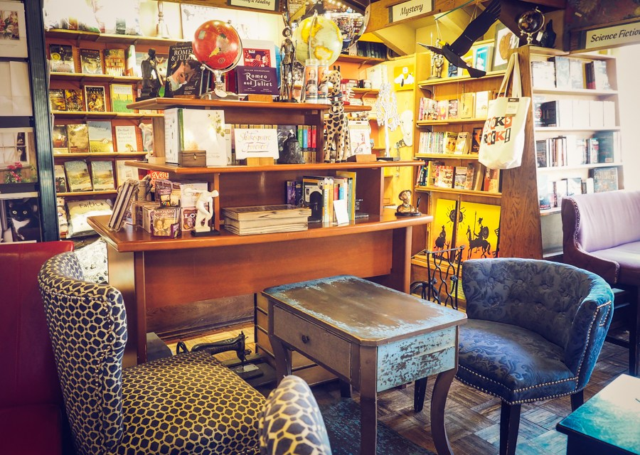 Upstart Crow Bookstore and Coffee House – A San Diego Gem!