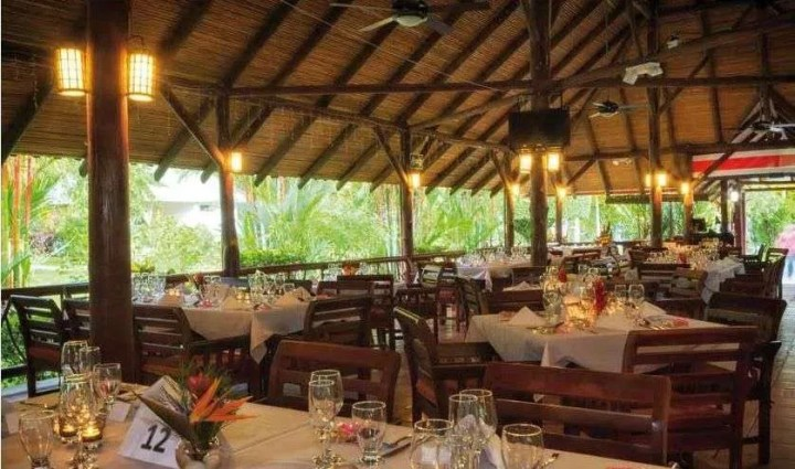 Wine lovers rejoice! Your favorite wine at Hotel Villas Río Mar - Uvita, Osa