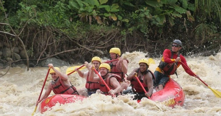 Rafting - adventure in Osa