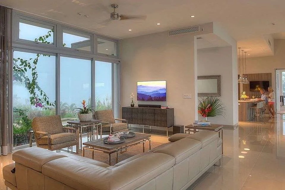 """How does one luxury home in Costa Rica earn the title of """"The Height of Luxury in the South Pacific""""?"""