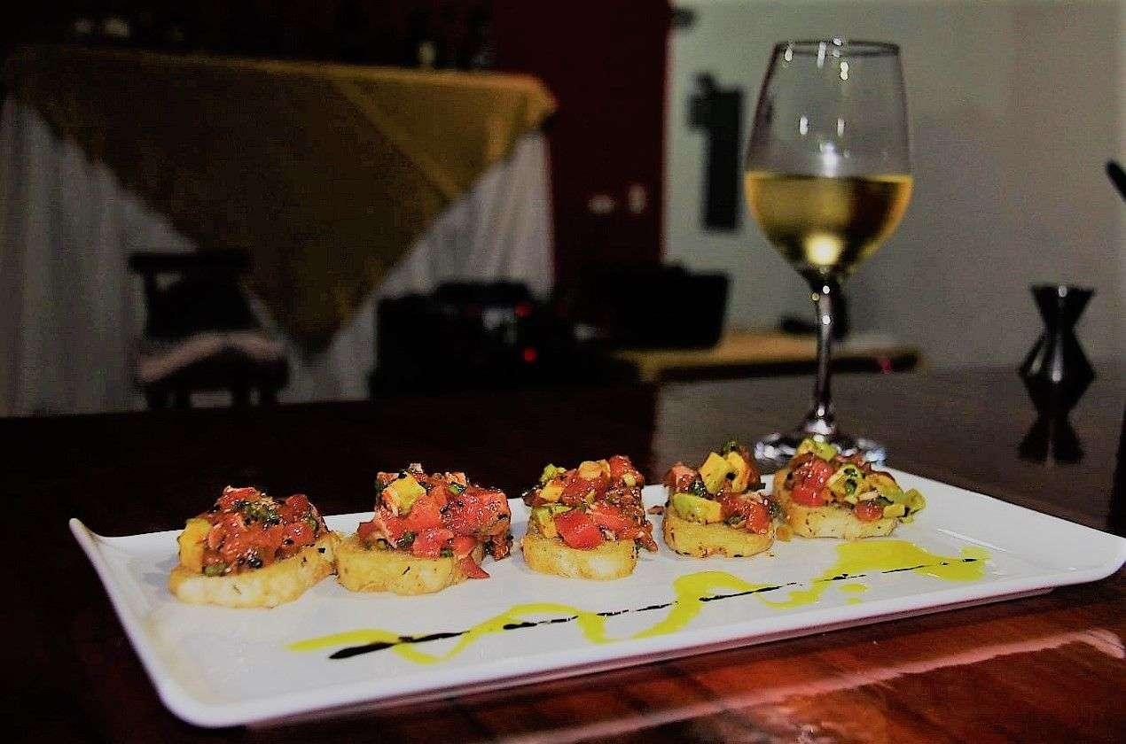 Fusion Restaurant and Bar, ojochal, sushi, seafood, japanese food, asian food,