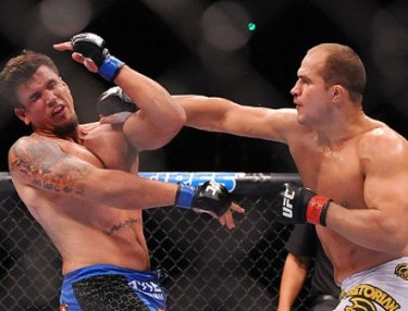 Junior Dos Santos TKOs Frank Mir at UFC 146
