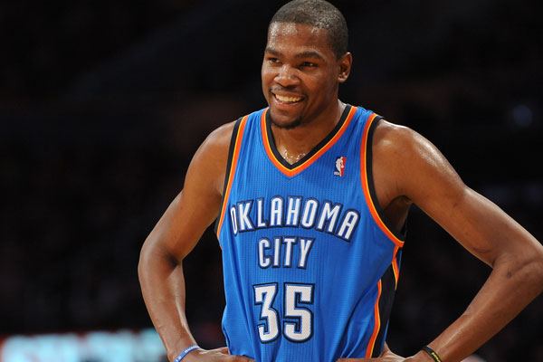 10d8f8bafee1 Kevin Durant To Sign With Jay-Z s Roc Nation Sports  Report