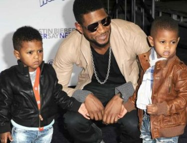 Usher and his twin boys.