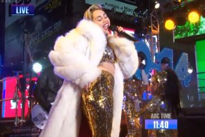 NYE performances 2014 - Miley Cyrus, Macklemore, Ariana Grande