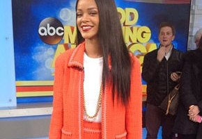 Rihanna Talks Grammy Win, MAC AIDS Fund