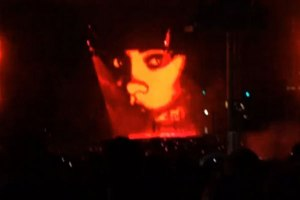 Drake Thinks Rihanna Is The Devil?