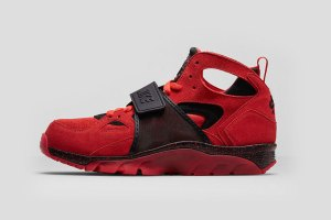 Nike Air Trainer Huarache Premium -- Challenge Red/Black