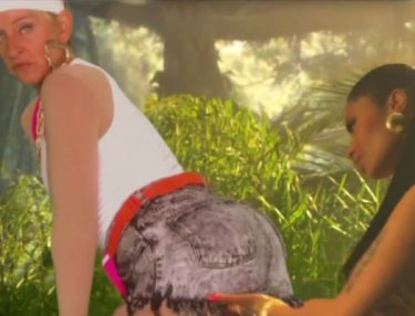 'Ellen' Recreates Nicki Minaj's 'Anaconda' Video