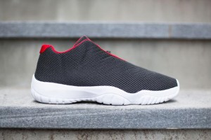 Air Jordan Future Low 'Black/University Red'