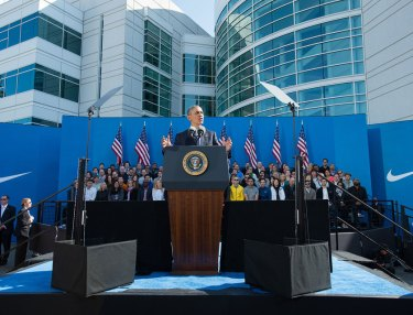 Nike Welcomes President Obama To World Headquarters