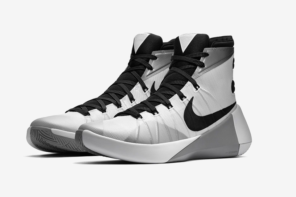 cc2d8cdc25e0 First Look At The Nike Hyperdunk 2015