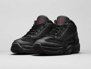 Air Jordan 11 Retro Low IE - Black Cat