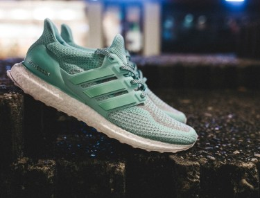 Adidas Ultra BOOST Statue of Liberty