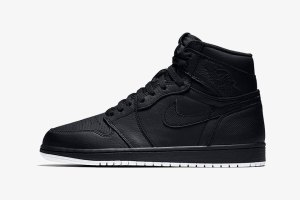 Air Jordan 1 High All-Black